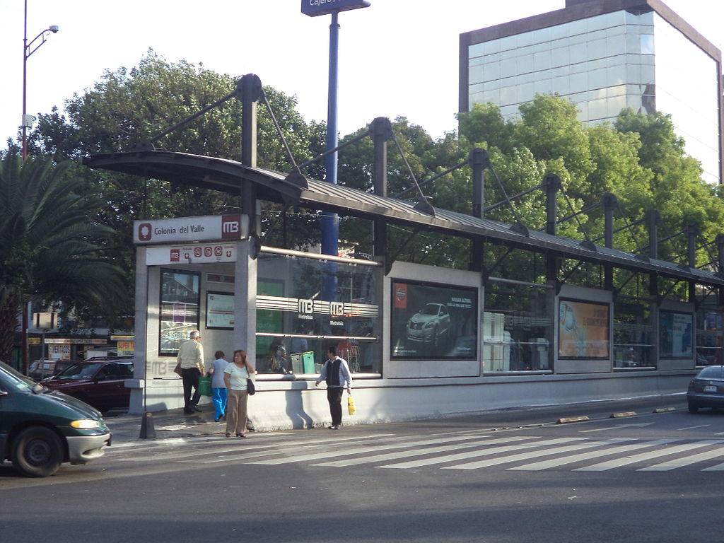 Neigborhoods Mexico City, Col. Del Valle, Metrobus stop